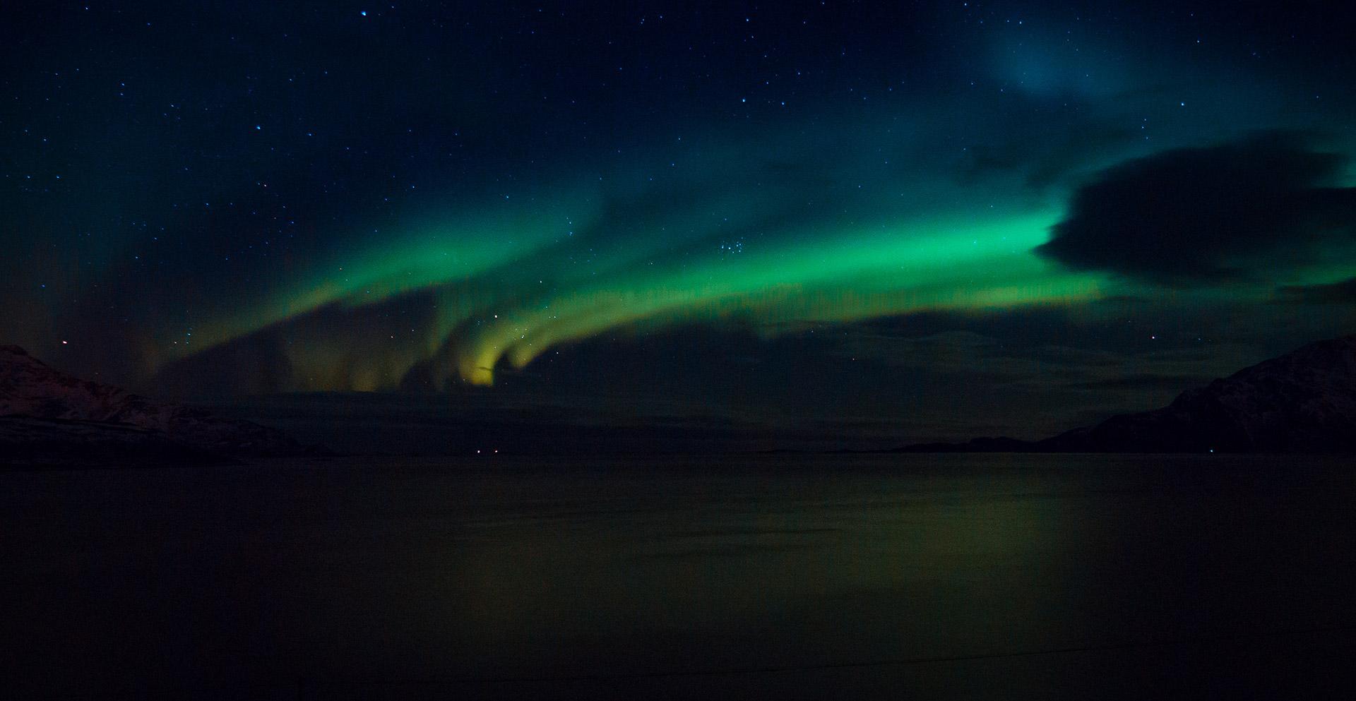 zorza polarna tromso norwegia